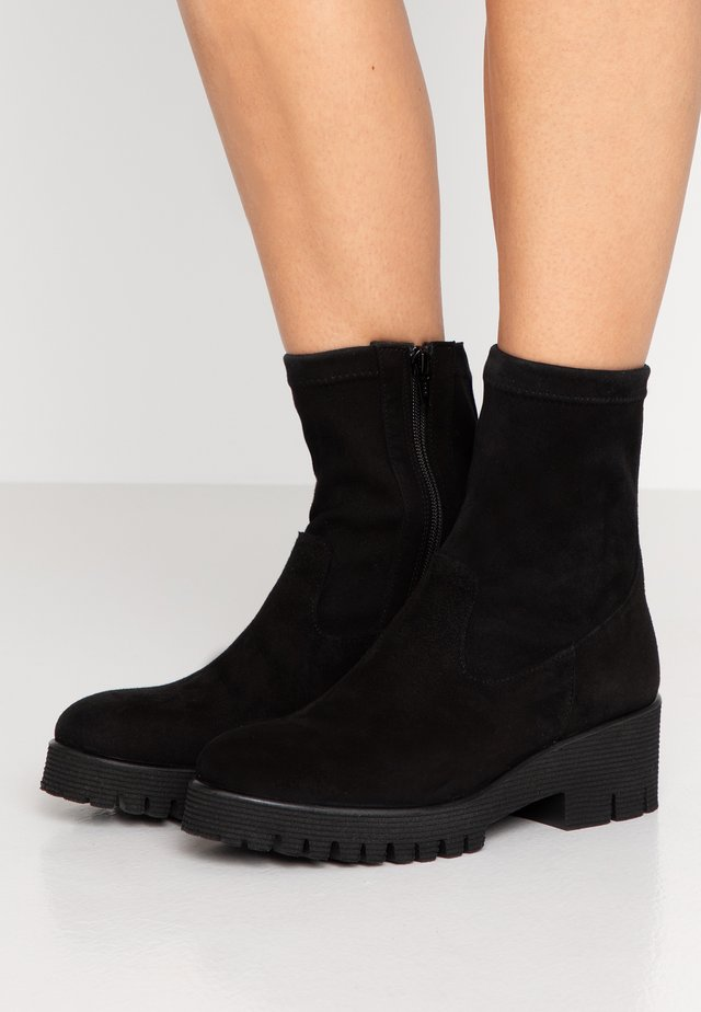 KELLY - Platform ankle boots - black