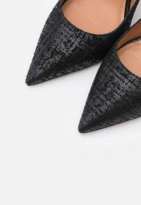 Pura Lopez - High heels - swanky black - 6