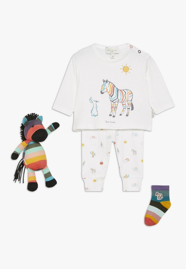 BABY RENATO PER SET - Baby gifts - off white