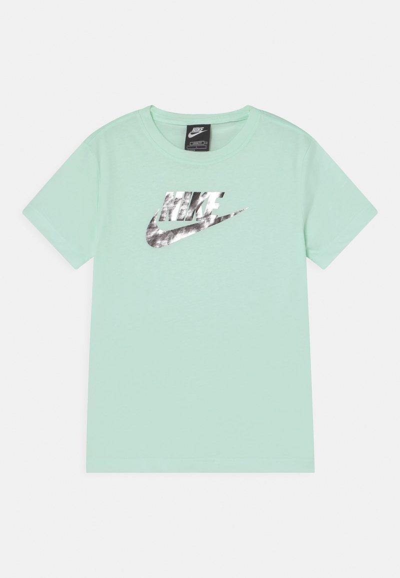Nike Sportswear - T-shirt z nadrukiem - barely green
