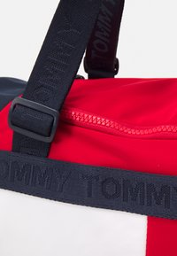 Tommy Hilfiger - CORPORATE CONV BACKPACK DUFFLE UNISEX - Sports bag - dark blue - 4
