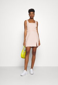 Fashion Union - CHELSEA - Day dress - baby pink - 1