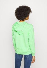 GAP - FASH - Hoodie - citrus green - 2