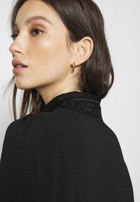 Vero Moda - VMWIGGA COLLAR - Button-down blouse - black - 4