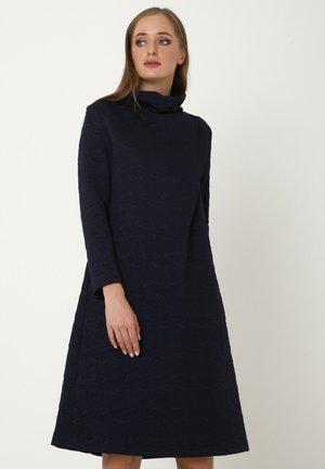 ALLTAGS LILUNA - Jumper dress - blau