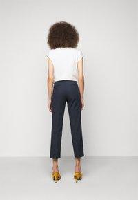 WEEKEND MaxMara - VITE - Pantalon classique - blau - 2