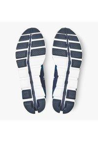 On Running - CLOUD  - Neutral running shoes - midnight ocean - 4