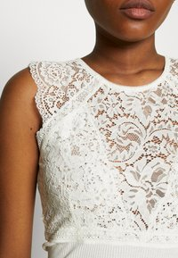 Rosemunde - SILK-MIX TOP REGULAR W/LACE - Topper - ivory