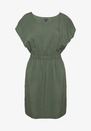 JUNE LAKE DRESS - Vestido de deporte - kale green