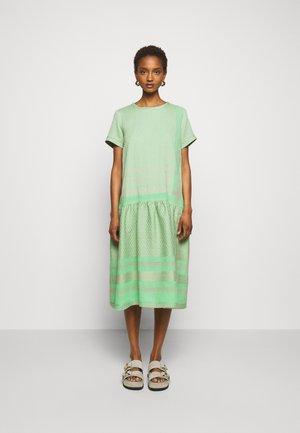 JOSEFINE - Korte jurk - minty
