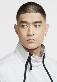 Nike Sportswear - Outdoor jacket - grey fog/black/laser blue - 3