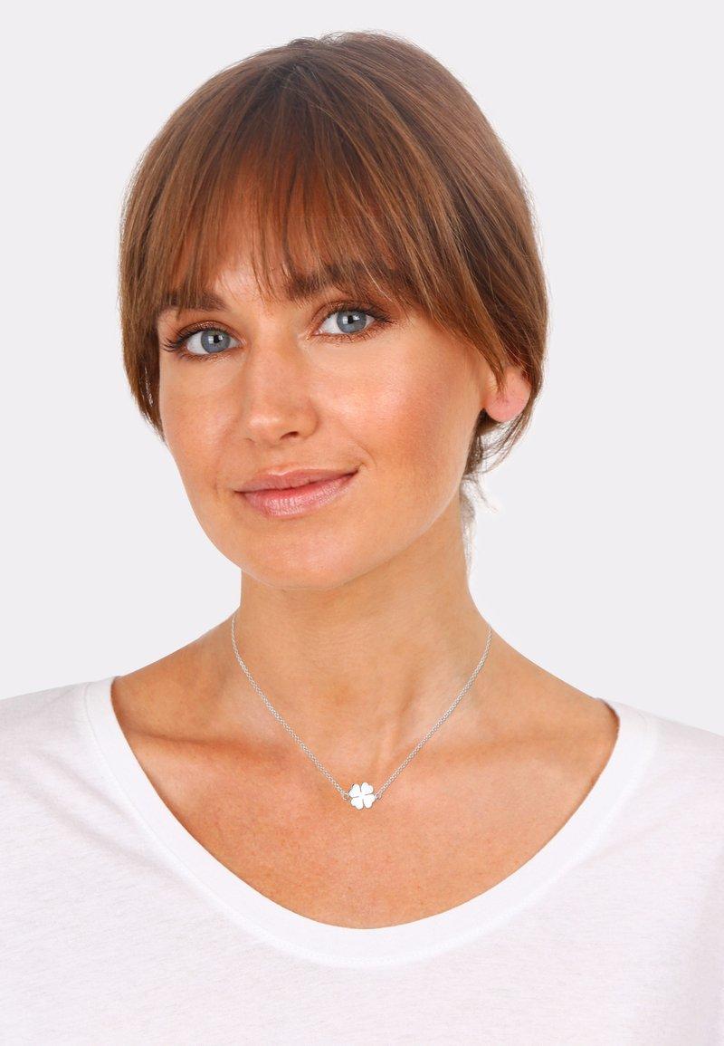 Elli - KLEEBLATT - Necklace - silberfarben