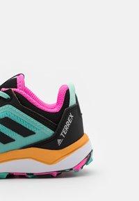 adidas Performance - TERREX AGRAVIC FLOW UNISEX - Scarpa da hiking - acid mint/core black/screaming orange - 5