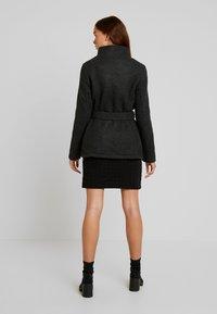 Vero Moda - VMBRUSHED MYRA JACKET  - Fleece jacket - dark grey melange - 2