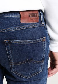 Mustang - TRAMPER - Slim fit jeans - stone washed - 3