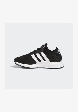 SWIFT RUN X SHOES - Matalavartiset tennarit - core black/ftwr white