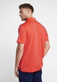 Under Armour - TECH - Funktionstrøjer - beta red/pitch gray - 2