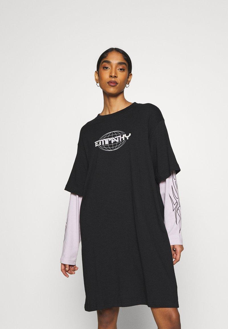 Weekday - TRACY DRESS - Jersey dress - black