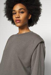 ONLY - ONLSVEA DETAIL - Sweatshirt - dark grey - 4