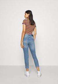 ONLY - ONLERICA LIFE MID ANK - Straight leg jeans - light blue denim - 2