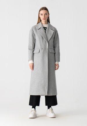 Classic coat - gray
