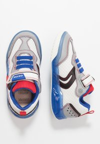Geox - INEK BOY - Zapatillas - white/royal - 1