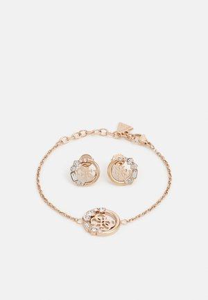 CHARM BRACELET SET - Pendientes - rose gold-coloured
