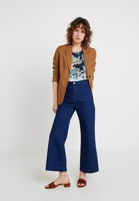 TOM TAILOR DENIM - PRINTED - Topper - colorful tropical green - 1