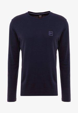 TACKS - Langærmede T-shirts - dark blue