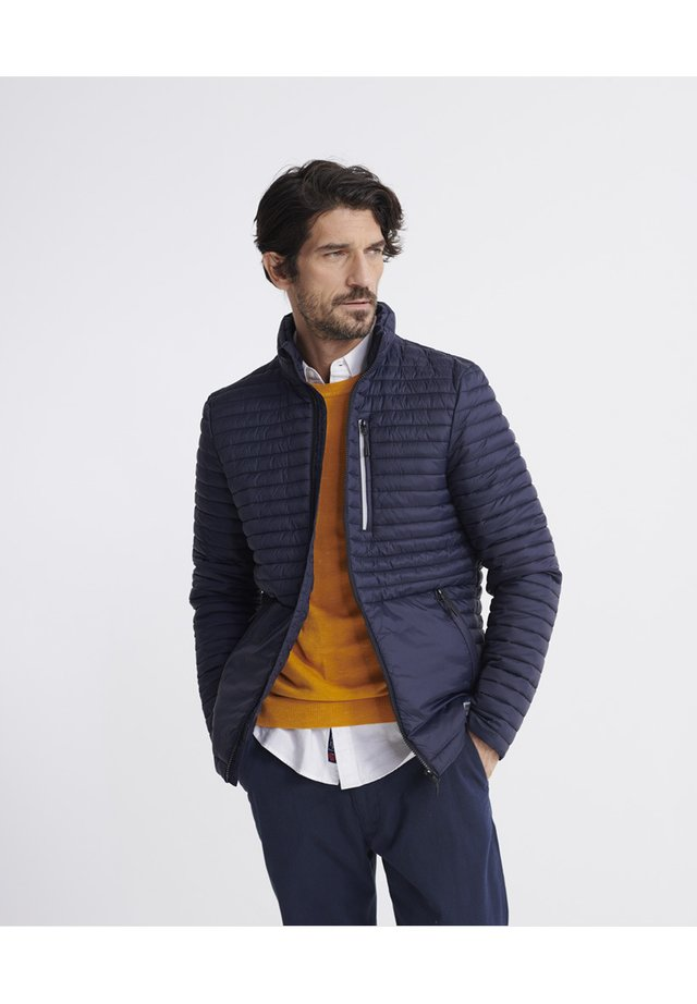 SUPERDRY PACKAWAY FUJI JACKET - Jas - french navy