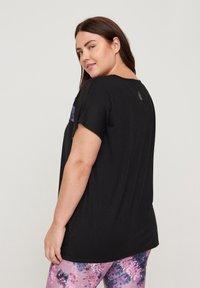 Active by Zizzi - PRINTDETAILS - T-shirt print - black - 2