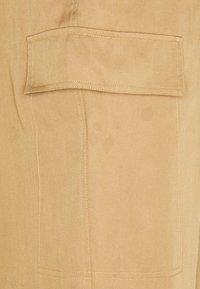 Calvin Klein - PANTS - Cargo trousers - countryside khaki - 2