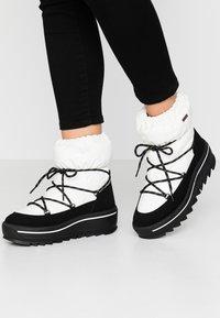 Pajar - TAYA - Zimní obuv - white - 0