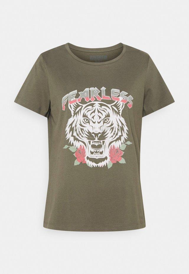 NMNATE HAZEL - Camiseta estampada - kalamata/tiger