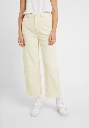 VMKATHY CORDUROY PANTS - Trousers - ecru