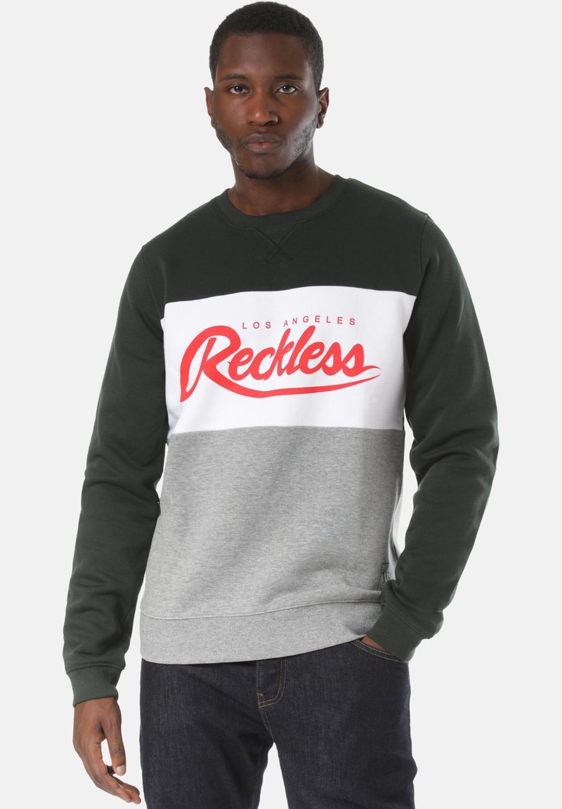 Young and Reckless - Sweatshirt - green