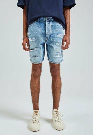 MIT RISSEN - Shorts di jeans - light blue