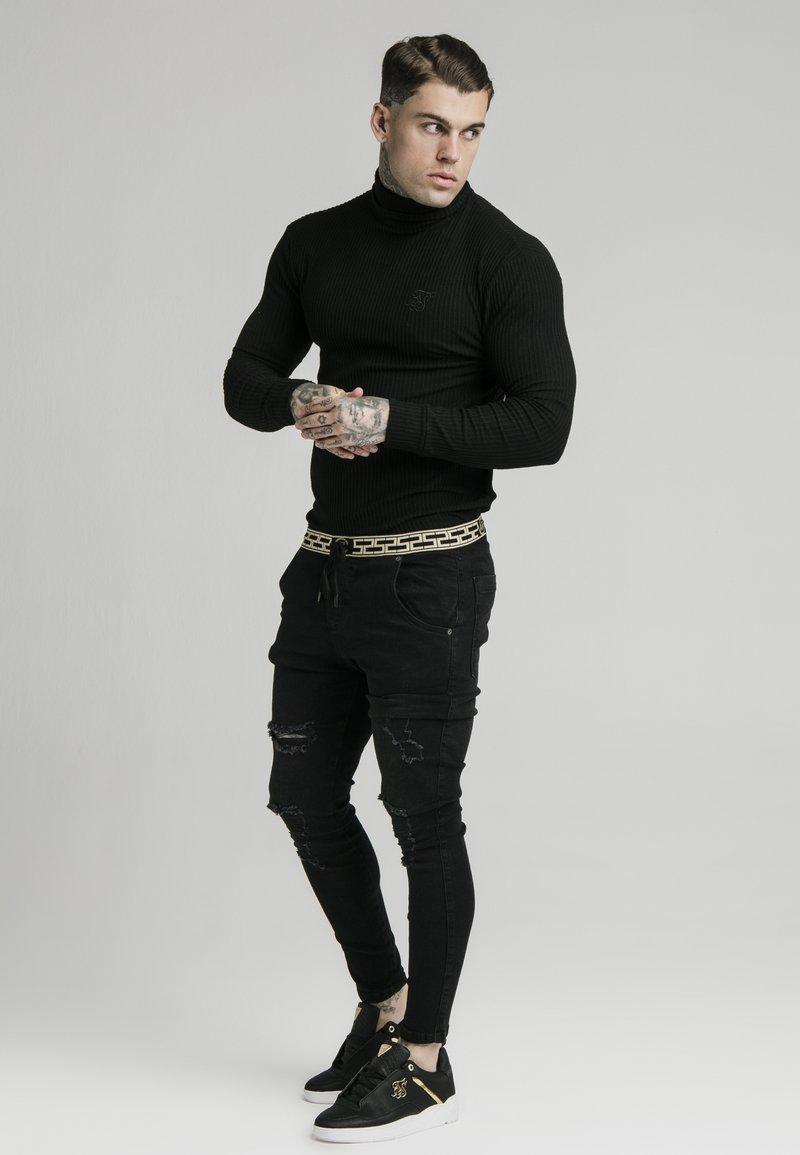 SIKSILK LONG SLEEVE BRUSHED TURTLE NECK - Strickpullover - black/schwarz VuMWSp