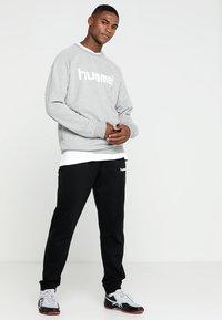 Hummel - Bluza - grey melange - 1