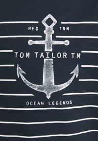 TOM TAILOR - PRINTED HARBOUR STRIPE - Print T-shirt - dark blue - 6
