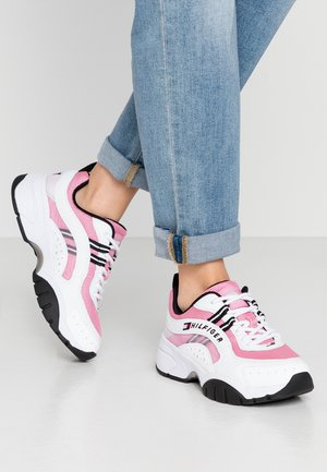 HERITAGE TOMMY JEANS WMNS RUNNER - Joggesko - bubble pink
