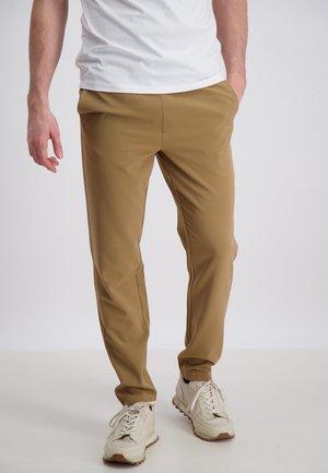 CLUB PANTS - Pantaloni - lt brown