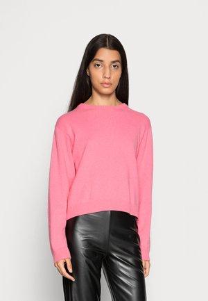 COSY RECY KAMMA - Sweatshirt - strawberry pink
