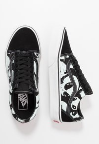 Vans - OLD SKOOL - Sneakersy niskie - black/true white - 1