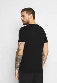 Lacoste Sport - GRAPHIC - Print T-shirt - black - 2