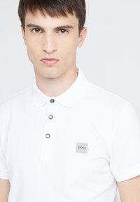 BOSS - PASSENGER  - Polo shirt - white - 5
