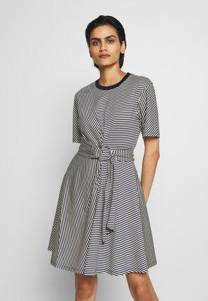 TENZONE - Žerzejové šaty - ultramarine