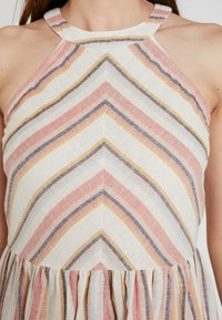 YAS - YASFENYA DRESS - Maxi dress - rose tan - 4