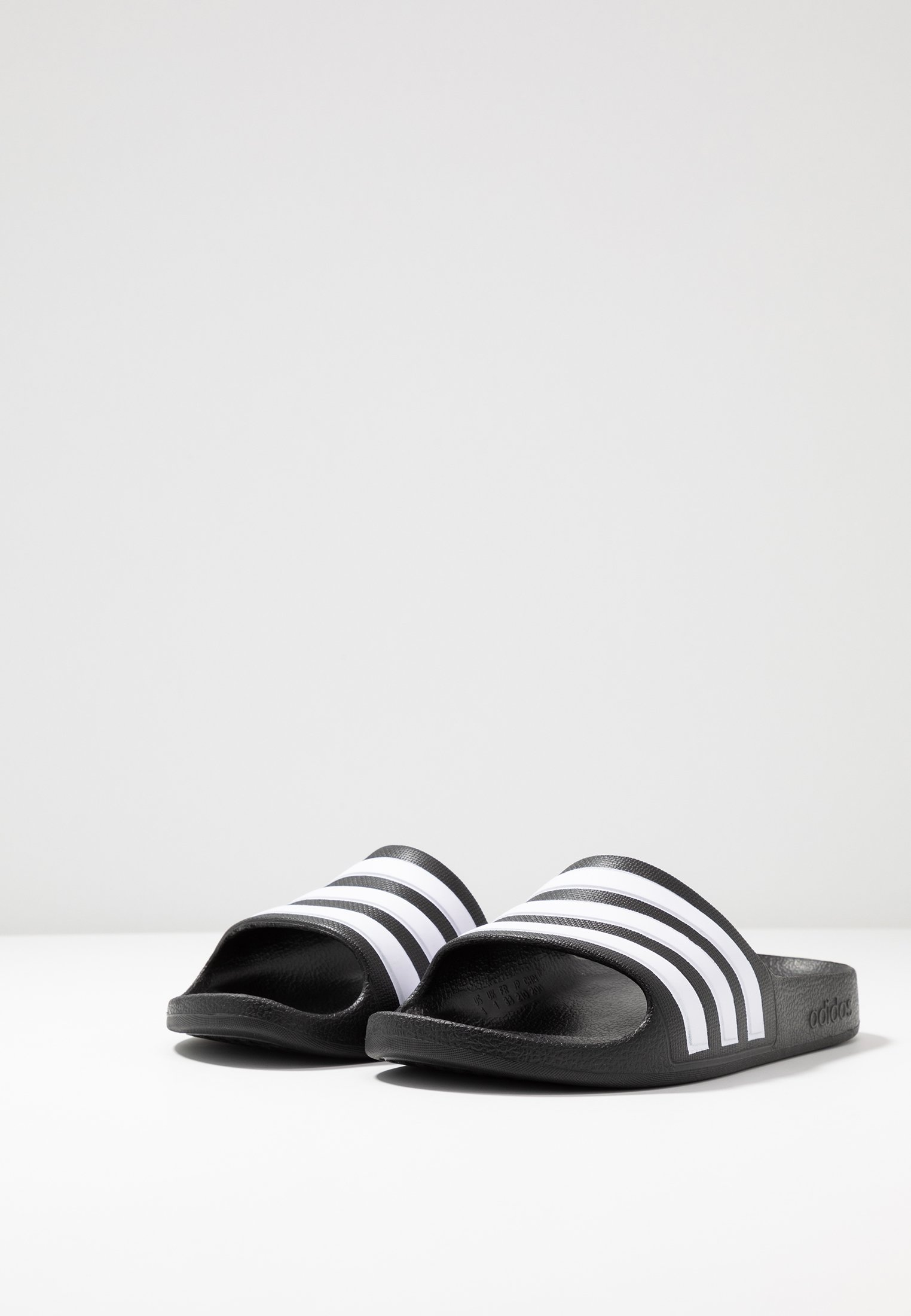 ADILETTE AQUA - Sandales de bain - core black