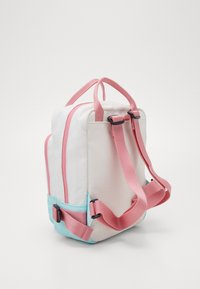 Tommy Hilfiger - YOUTH BACKPACK  - Mochila - white - 3
